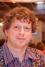 L'auteur britannique Peter Hamilton